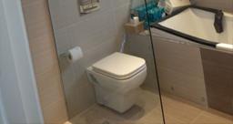 Bathroom, Shower Enclosures & Mirrors